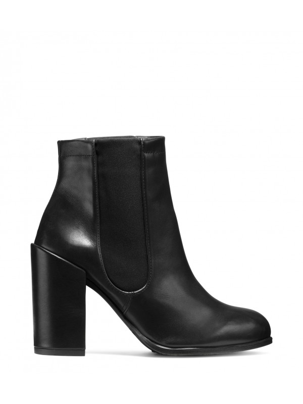 THE SIDEMOVER BOOTIE